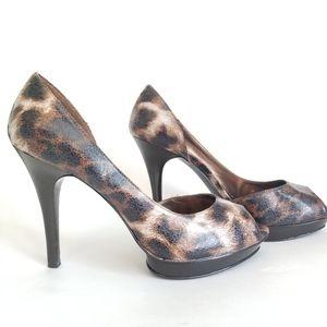 Carlos Santana Leopard D'orsay Heels, Size 9M